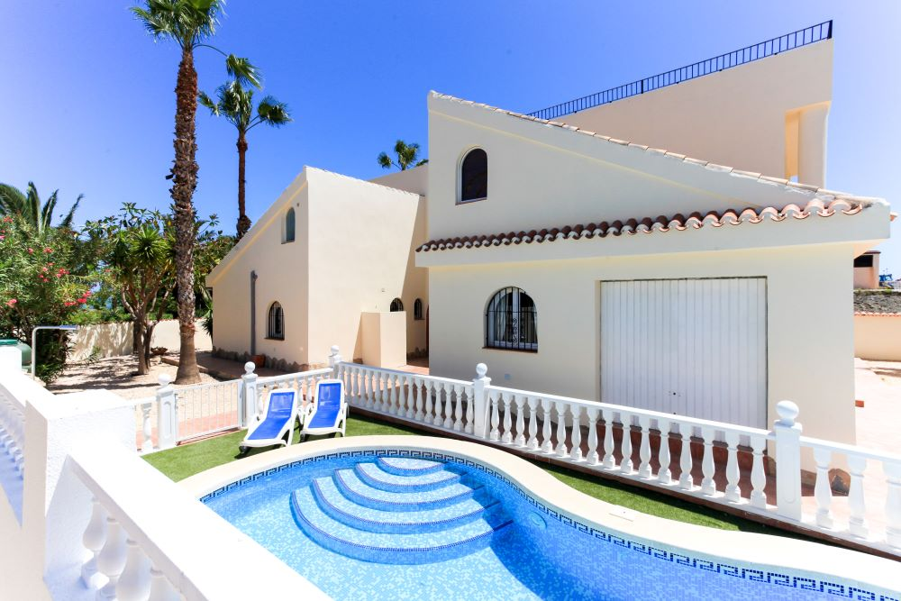 Ref:EDM16 Villa For Sale in Estrella Mar