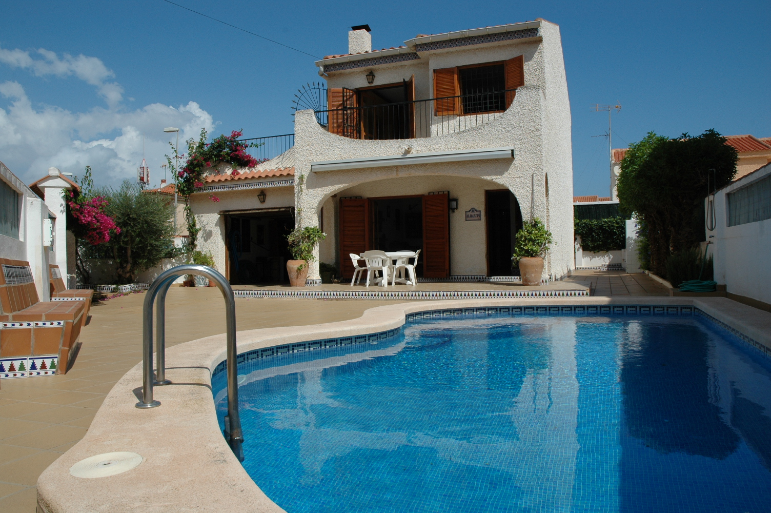 Ref:LN21 Villa For Sale in Los Nietos (Los Nietos)