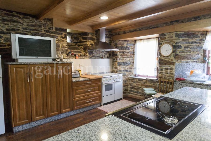 Casa rústica en venta en A Pontenova